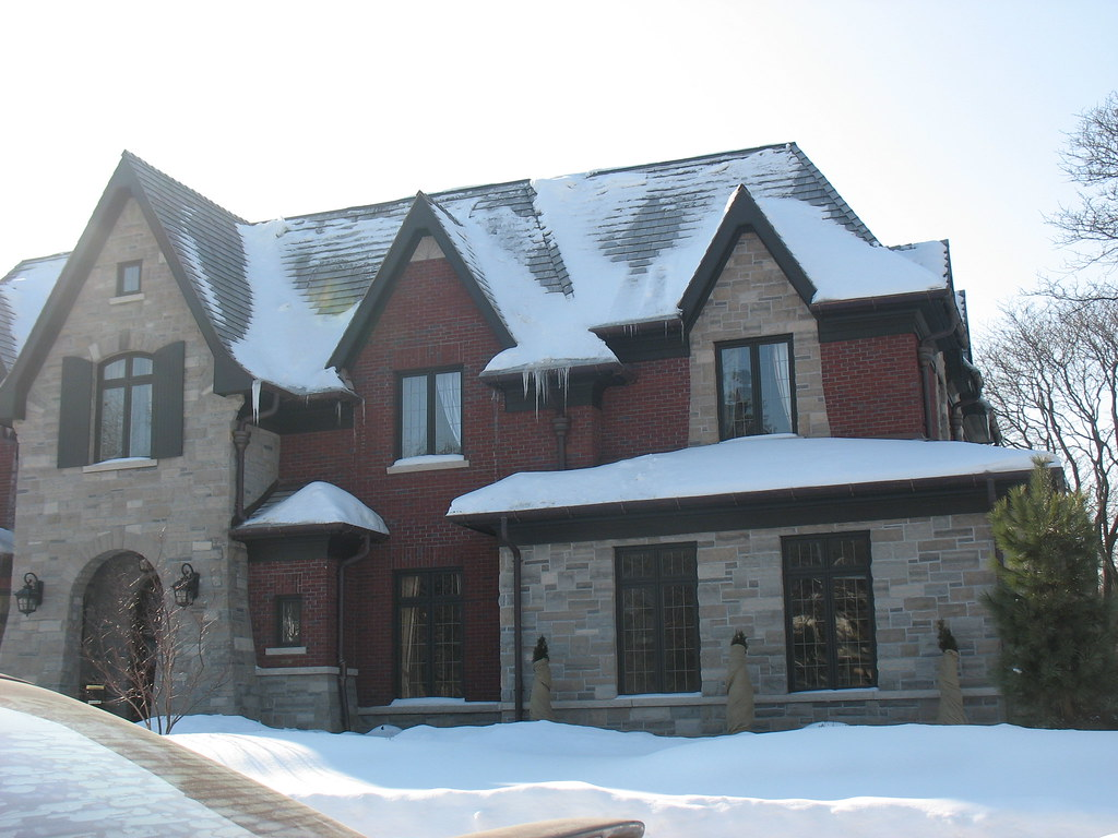 Brick And Stone Custom Home Owen Sound Ebel Etc Limes
