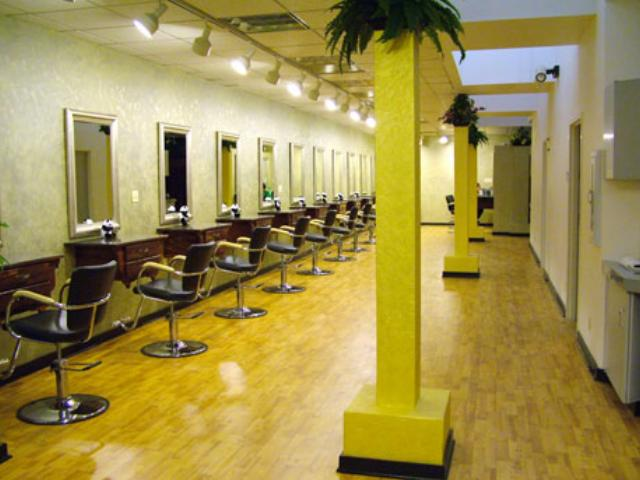 Beauty salon interior design simple hair salon design for Beauty salon designs for interior