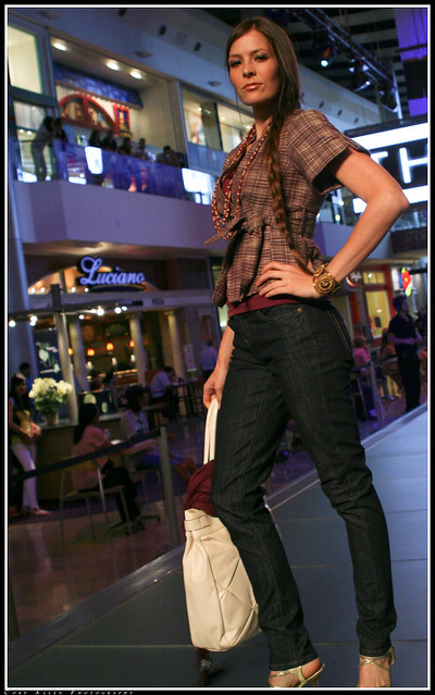 Fashion Show Cory Lee Mp Download