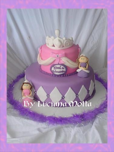 Barbie Castle Cake Images : Bolo Barbie Castelo de Diamantes (Barbie and the Diamond ...