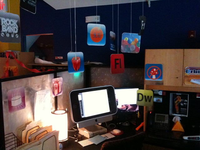... an idea for decorating a co-workers desk? Theres an app for that