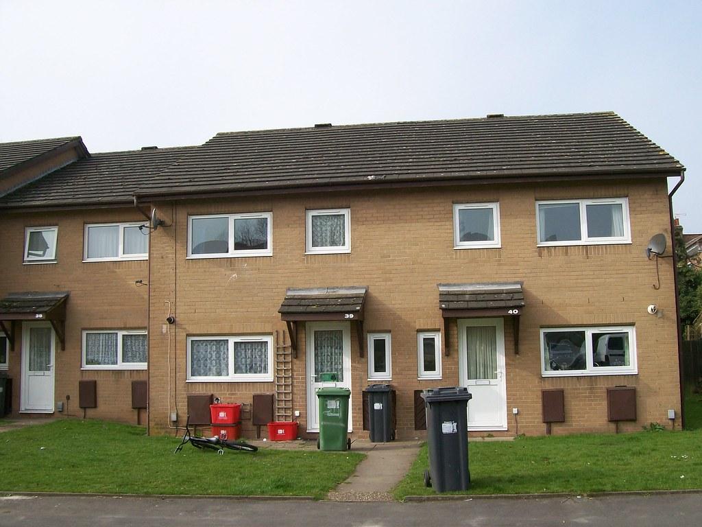 Goodfellow street leamington spa 2 a row of houses in for Modern homes leamington