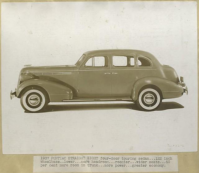 1937 pontiac straight eight four door touring sedan flickr for 1930 pontiac 4 door sedan