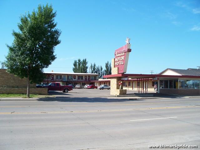 Bismarck motor hotel bismarck north dakota built in for Bismarck motor company bismarck nd