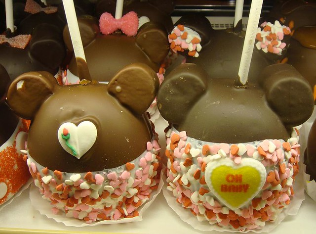 Valentine S Day Mickey And Minnie Mouse Candy Apples Flickr