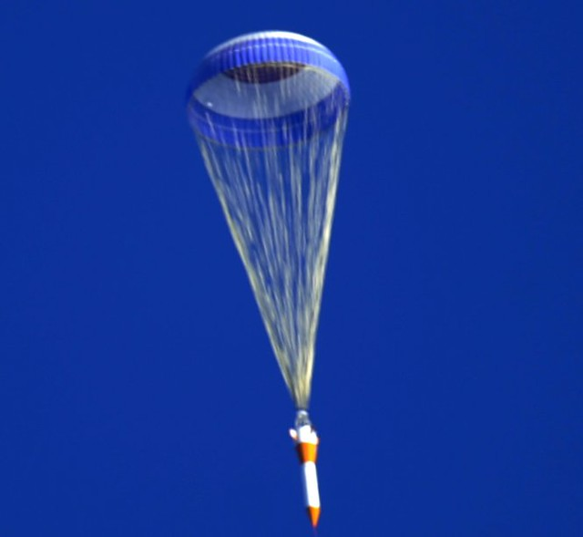 2 Liter Bottle Rocket Designs: Success! Ares Rocket Parachute Test (NASA, 03/02/09)