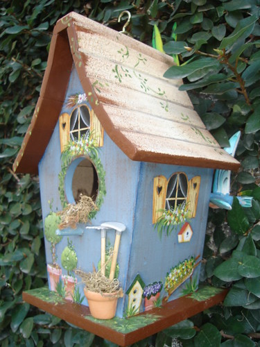Casinha de passarinho flickr photo sharing for Easy birdhouse ideas