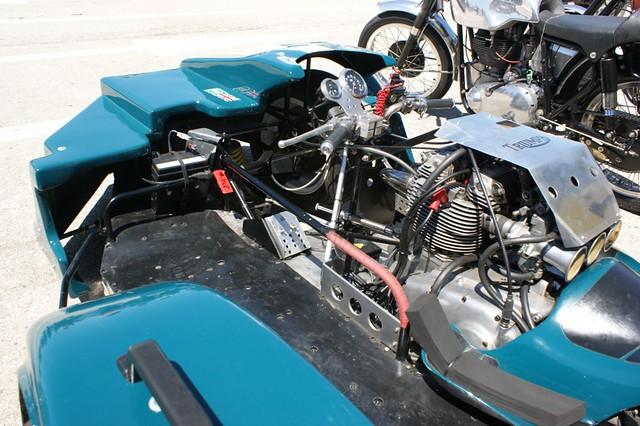 Side Car Dont La Moto Se Penche