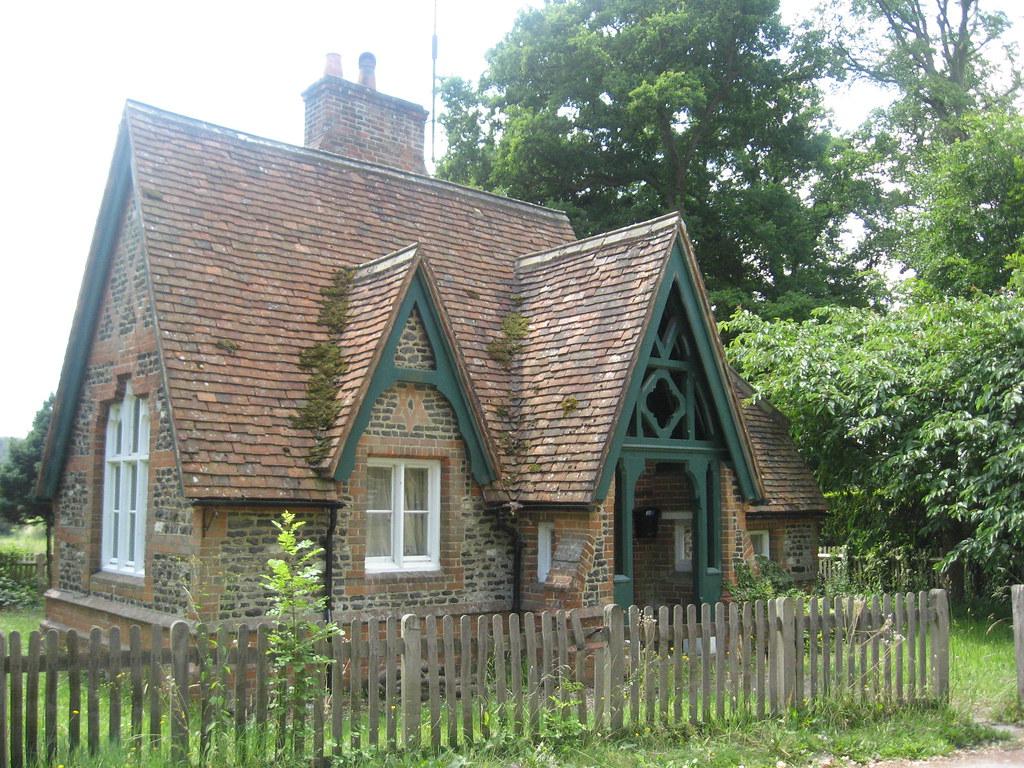 Cute Cottage   Rachel Macniven   Flickr