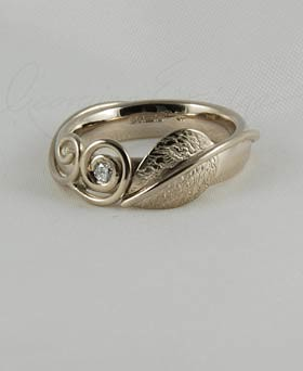 leaf two tendrils engagement ring with 18ct