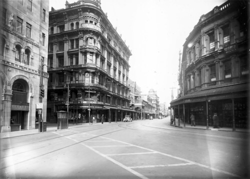 Willis Street, Wellington, ca 1930s | by National Library NZ on The Commons
