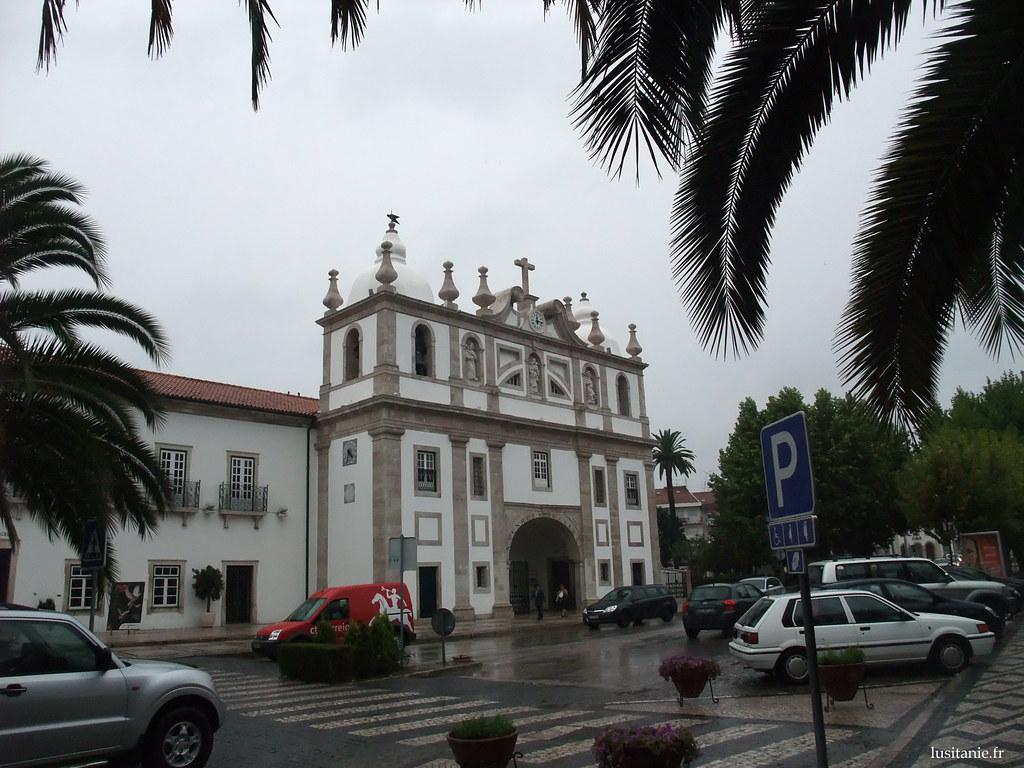 Façade baroque de l'église du Cardal