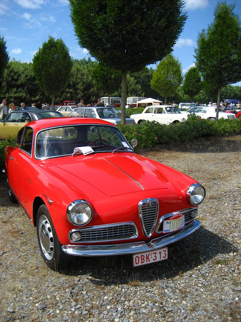 2009 Alfa Romeo Giulietta Sprint photo - 1