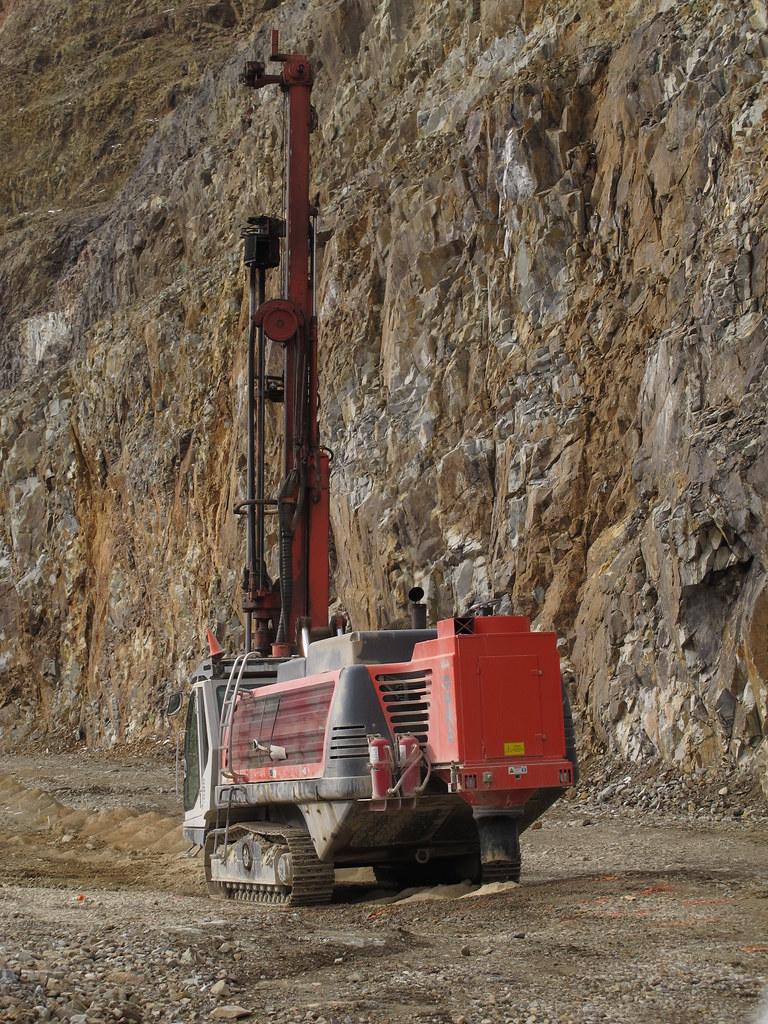 Cresson Mine Sandvik D1600 (Titon) DTH Drill   Drilling ...