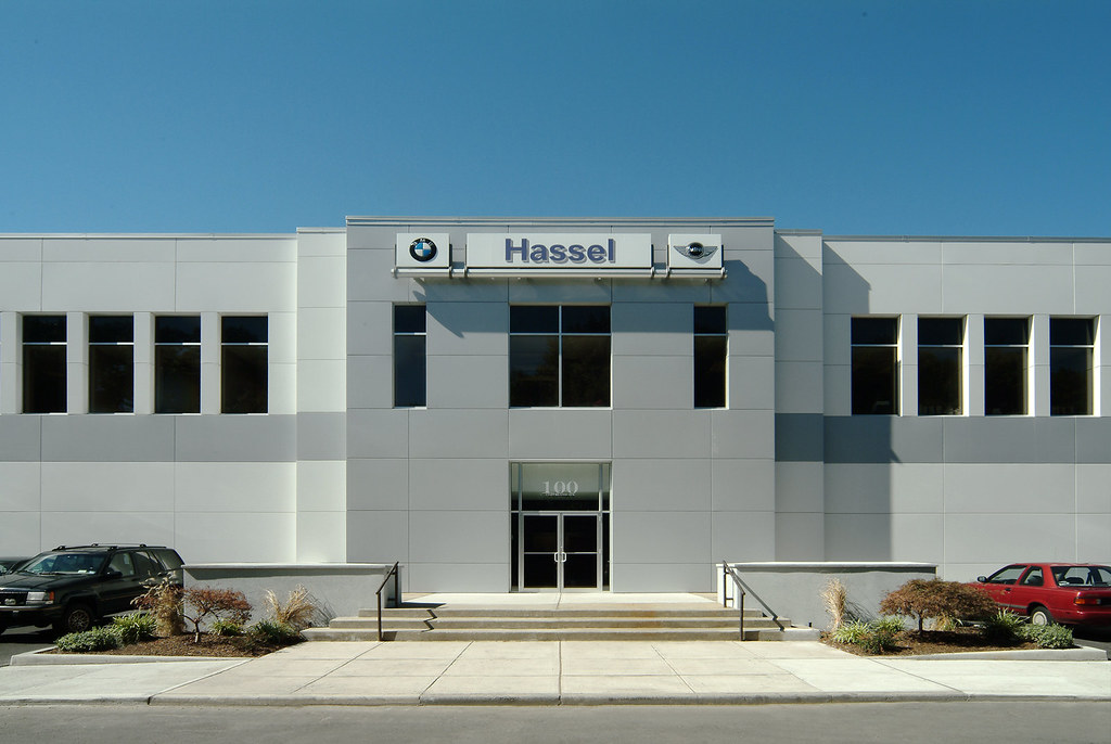 Hassel Bmw Service Entrance This Is A Photograph Of