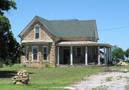 Limestone house zurich kansas flickr photo sharing for Home builders in kansas