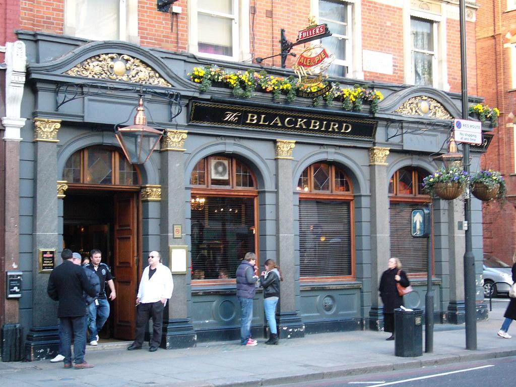 the blackbird pub earls court london 209 earls court. Black Bedroom Furniture Sets. Home Design Ideas