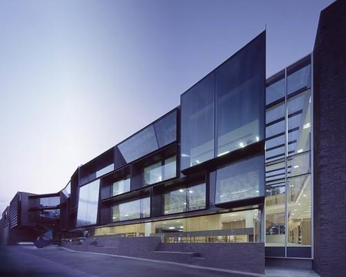 01 melbourne grammar school modern front facade design for Modern school building designs