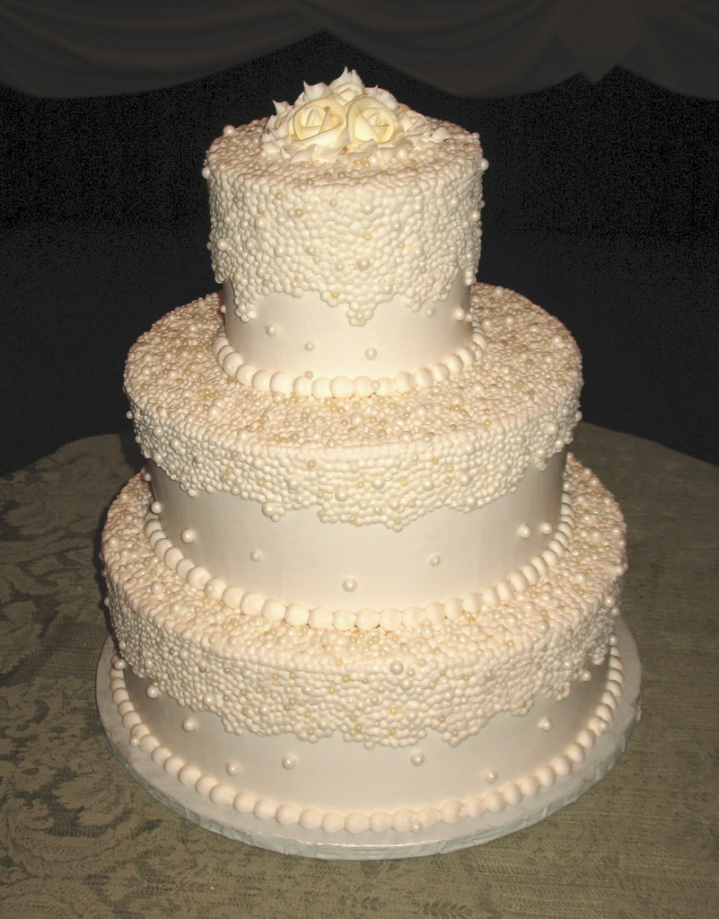 pearl wedding cake designs ivory pearl wedding cake beautiful cakes chicago flickr 18169
