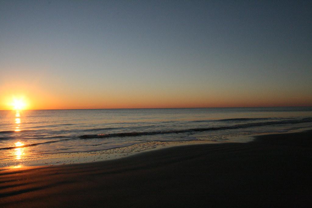 Sunrise On The Beach A January 1 2008 Sunrise On The Beac Flickr