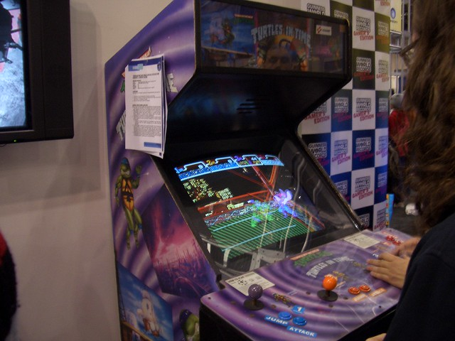 Turtles in Time Arcade Cabinet (Ubisoft's booth) | Ramune Rabbit ...