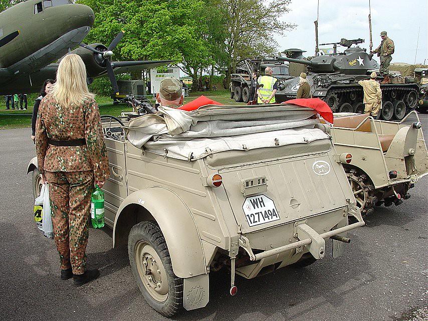 Vw Kubelwagen Lady In Ww2 German Uniform Lovely Rear