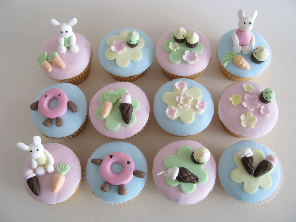 Cupcake Decorating Ideas Blog : Cupcake Decorating Workshop - set This was made by my ...