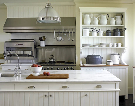 Popular farmhouse style kitchen with white marble white w for Old house kitchen ideas