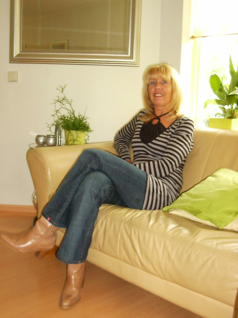 Mature With Tan Boots  Fixx1  Flickr-5591