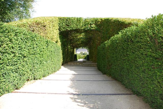 Les jardins de l 39 imaginaire le jardin topiaire cp les for Le jardin imaginaire