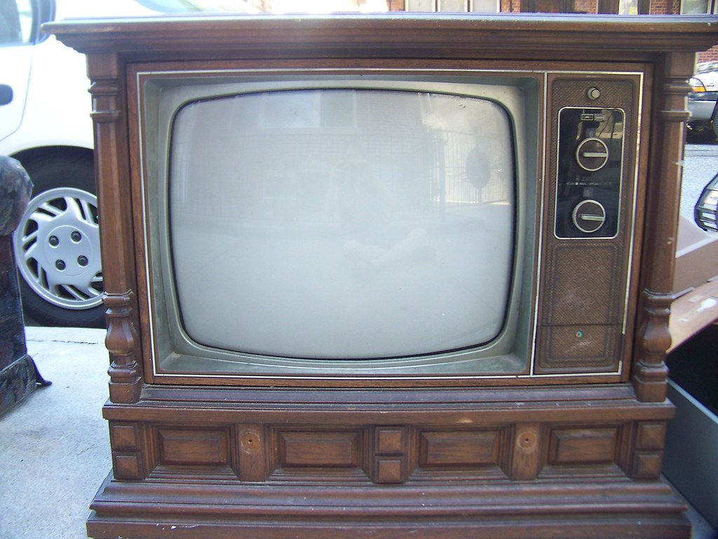 Zenith Console Tv ~ Old zenith console lisanne flickr