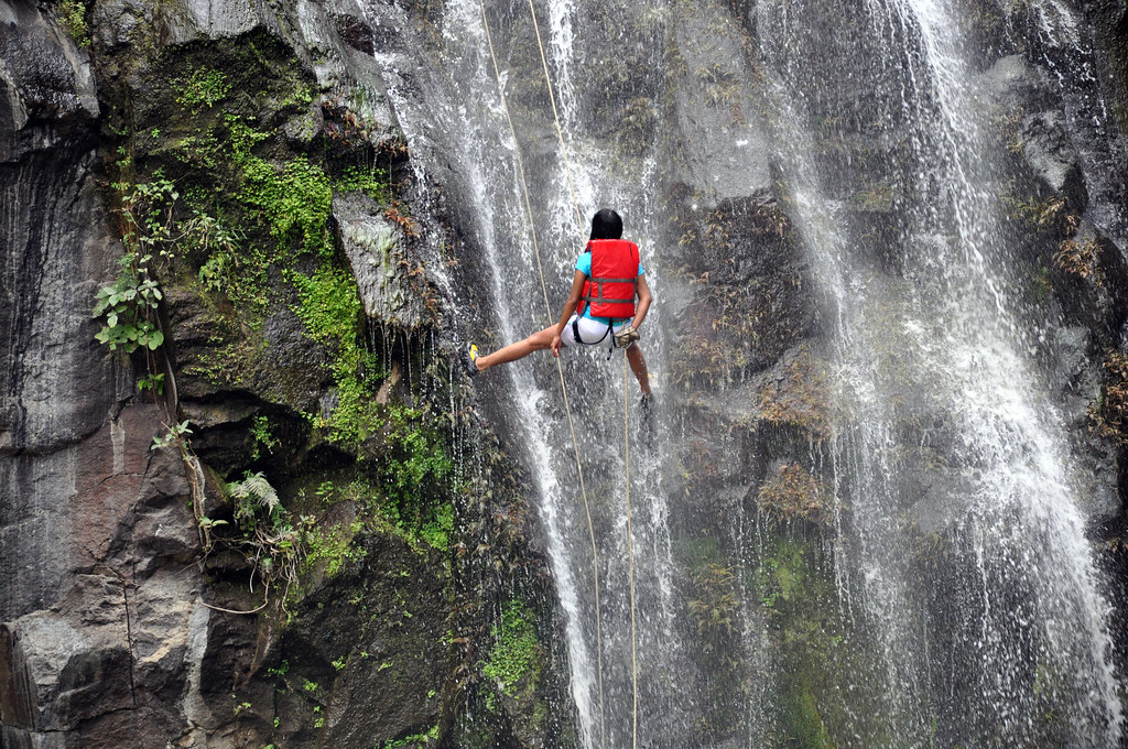 Guided Rappelling - Torrent Falls Climbing Adventure | Red River ...