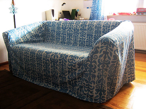 how to get rid of old sofa for free