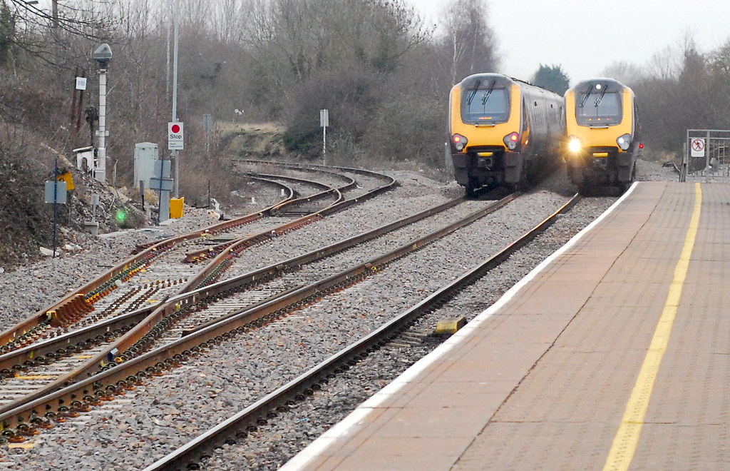 Class 220s Passing At Yate Two Arriva Cross Country