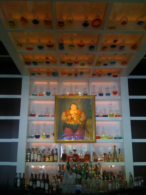 Thats a cool bar design mobypicture vtw fj flickr