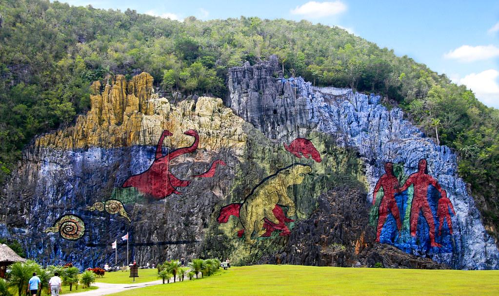 Mural de la prehistoria parque nacional de vi ales 367 for Mural de la prehistoria