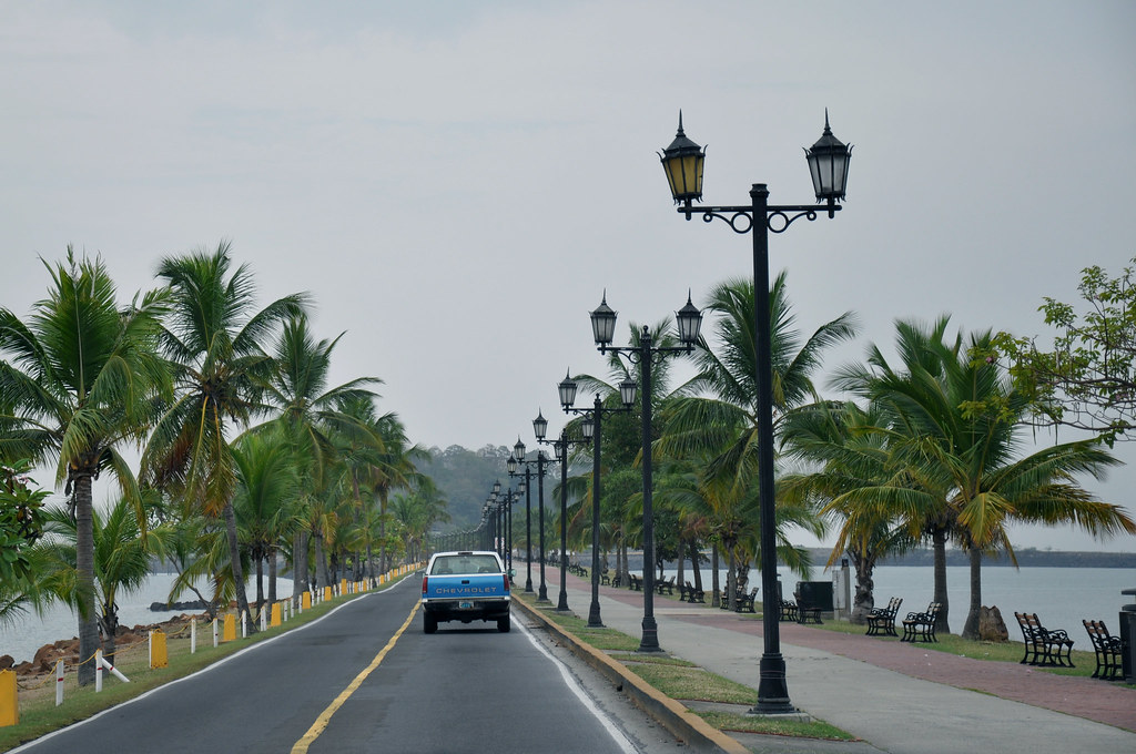 Panama City Panama City ha un clima tropicale bagnato e secco-1196