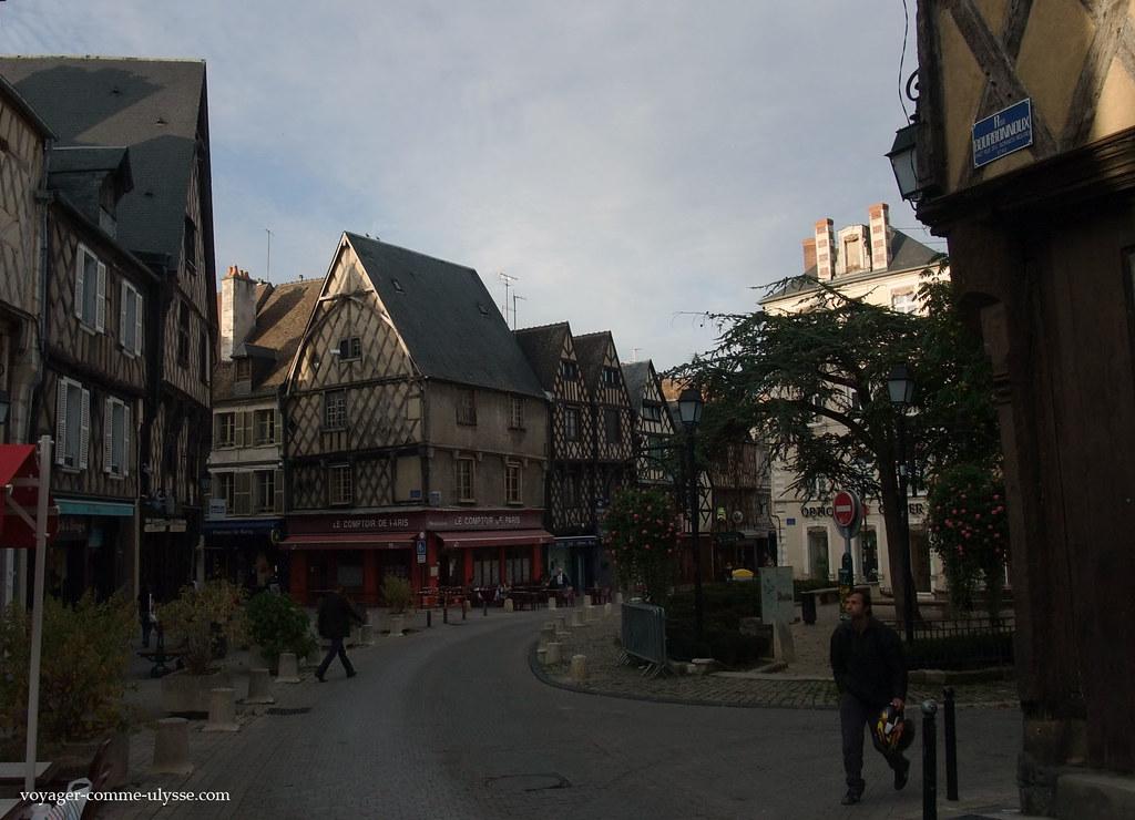 Rues de Bourges | Bourges est une ville qui a gardé son ...