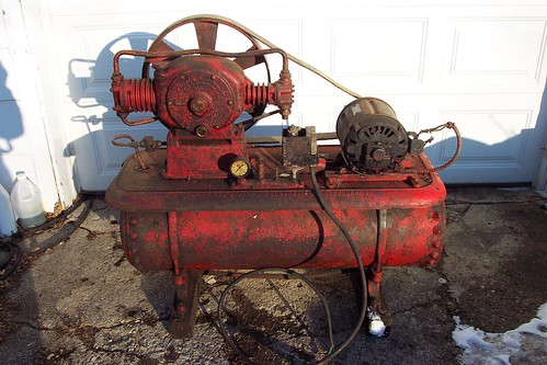 Mobile Air Compressor >> antique air compressor | Flickr - Photo Sharing!