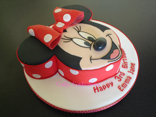 Red Polkadot Minnie Mouse Cake Flickr Photo Sharing