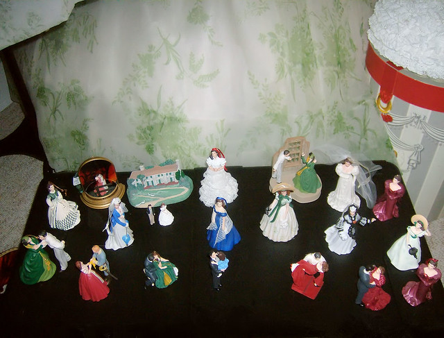 hallmark gone with the wind christmas ornaments
