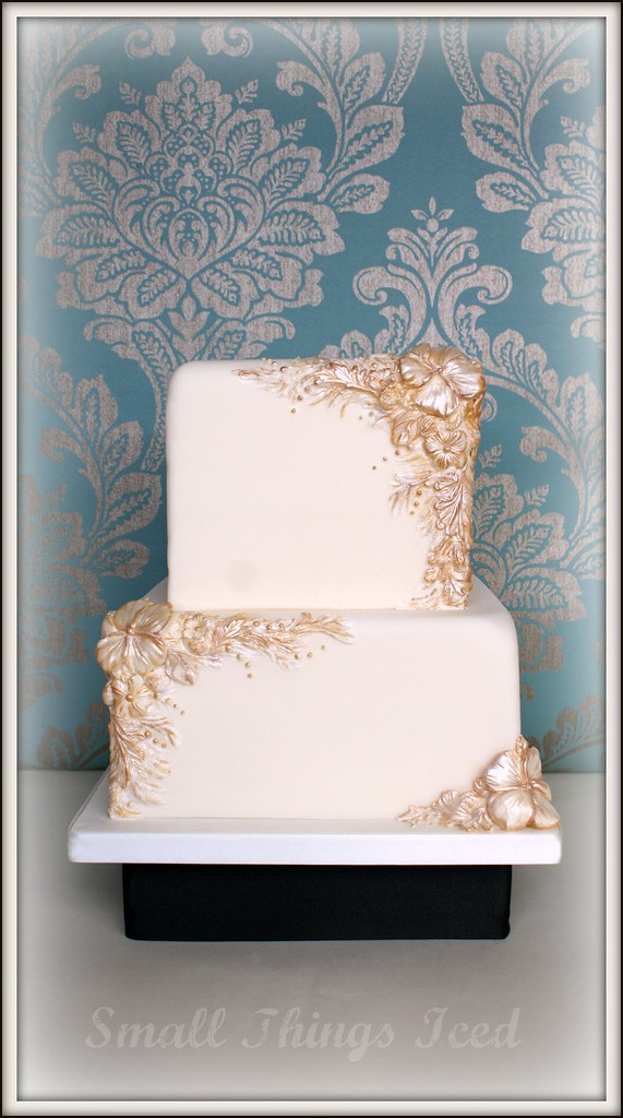 Ivory Amp Gold Bas Relief Wedding Cake I Was Totally