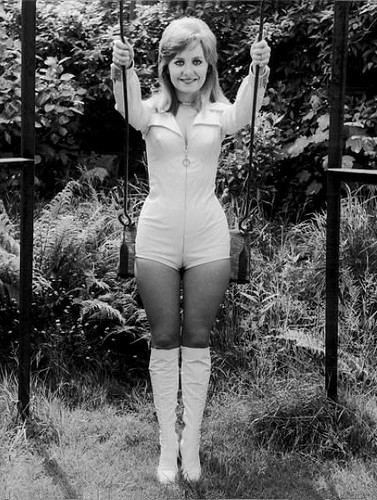 Hotpants-1971-Lulu-White  Mizur  Flickr-6243