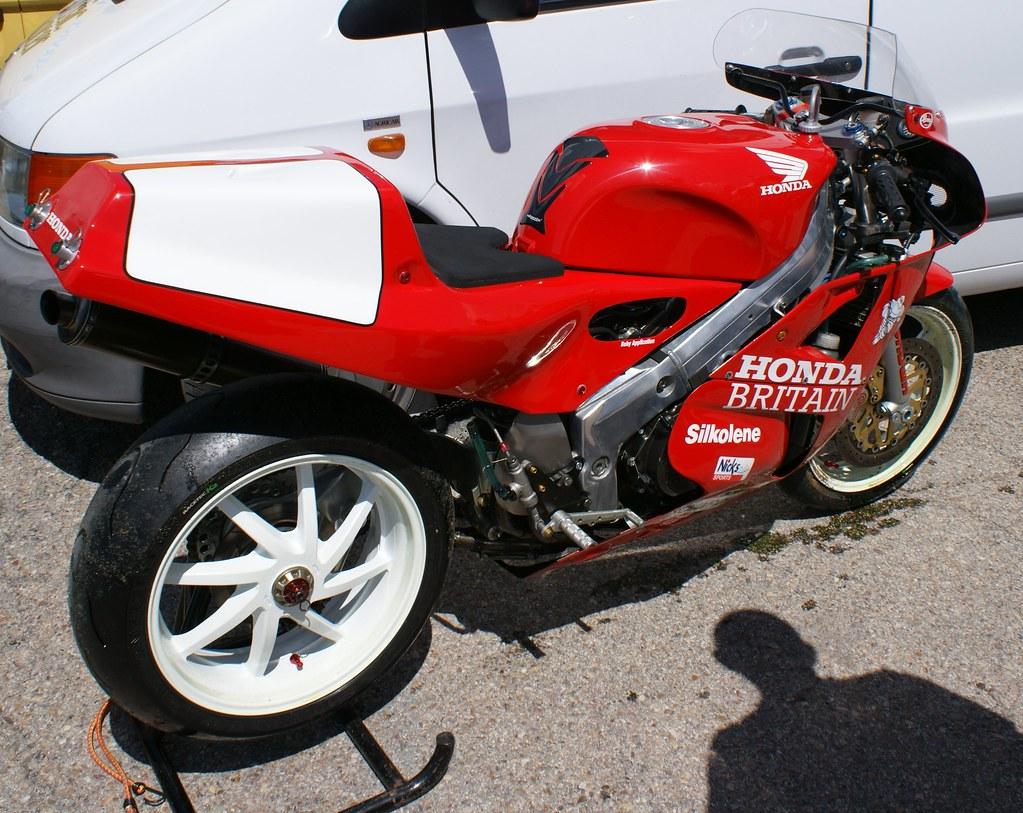 Rc30 honda britain carlos flickr for Honda new britain