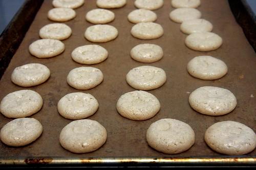 chewy amaretti cookies | Chewy Amaretti Cookies on smittenki ...