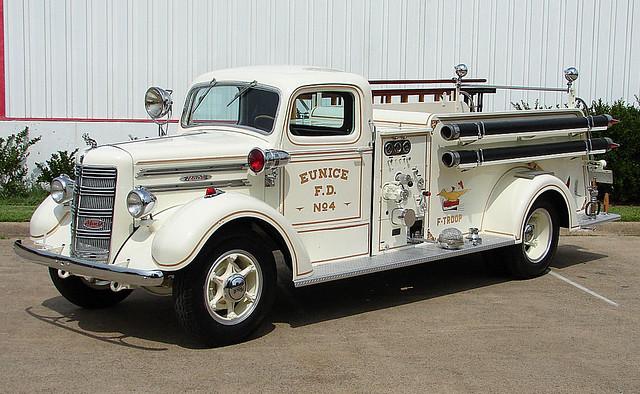 1948 Mack Truck : Mack type  crownbus flickr