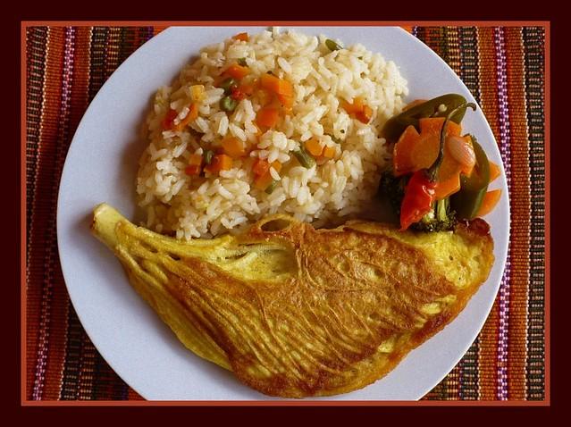 Pacayas envueltas en huevo comida tradicional de semana for Comida francesa platos tipicos