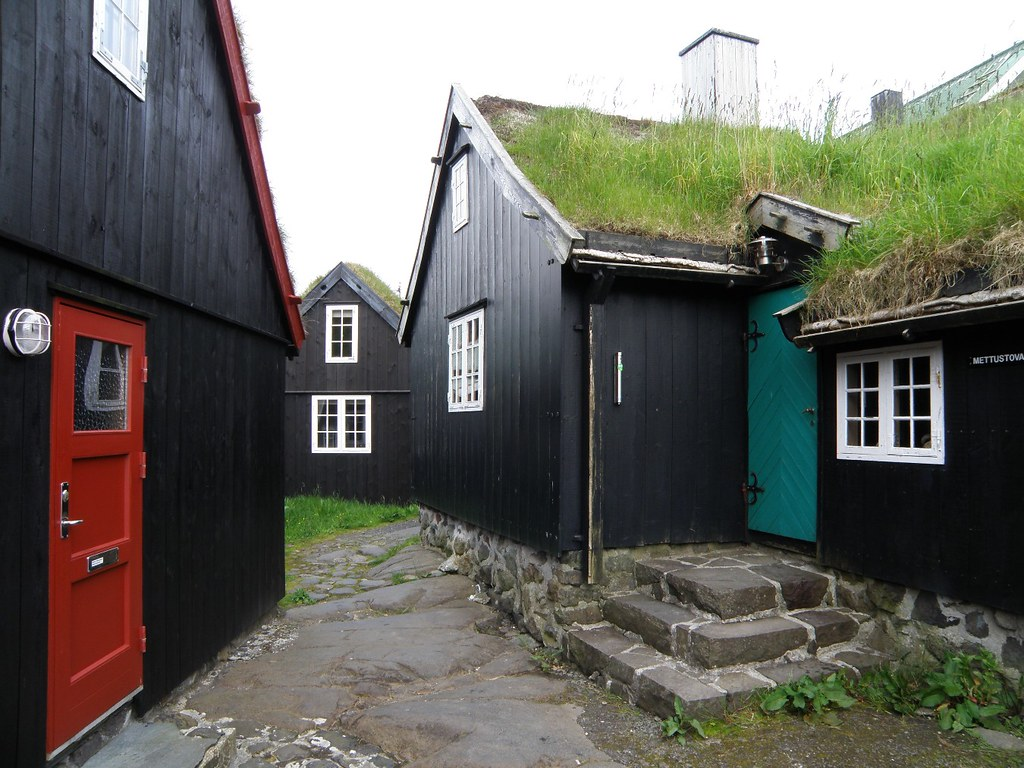 Faroese Islands Old Traditional Houses In T 243 Rshavn With