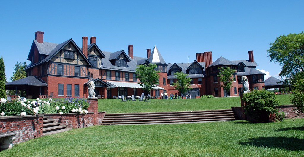 Rooms: ( 1 Of 3) Shelburne, Vermont