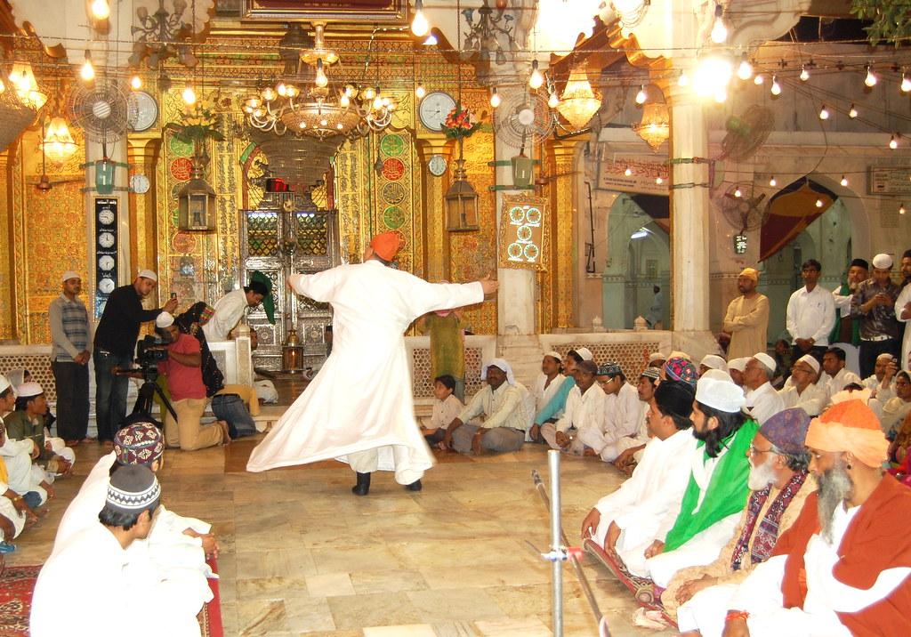 Chishty sufi gathering at ajmer sharif syed salman chishty flickr altavistaventures Image collections
